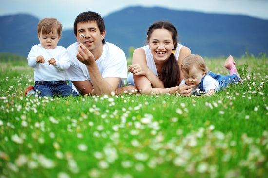 nedjeljna-prica-sretna-obitelj