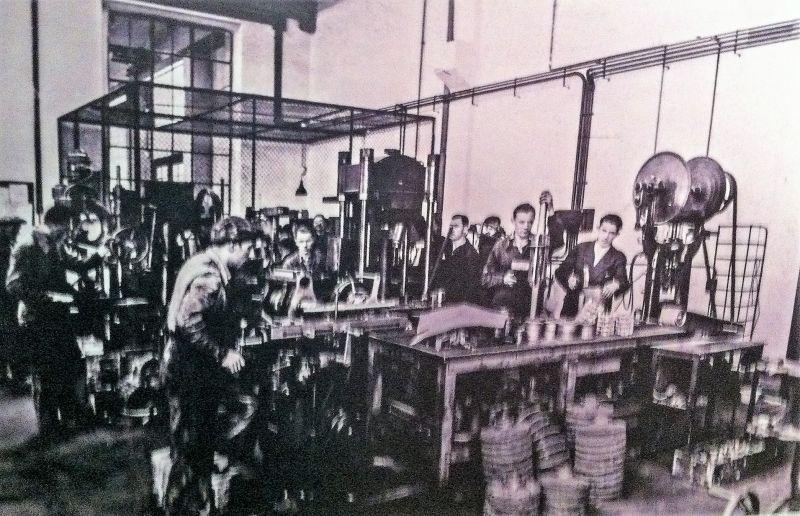 A8. SIEMENS-2-1930