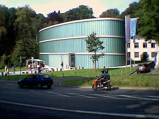 X69. MUSEUM-NJEM